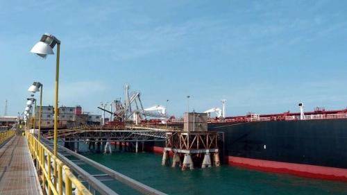 العراق يدرس شراء صهاريج لتخزين النفط في آسيا