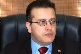 وزير التربية يوجه بالتحقيق مع مدير تربية كركوك بعد قيام موظف خدمة بالتدريس