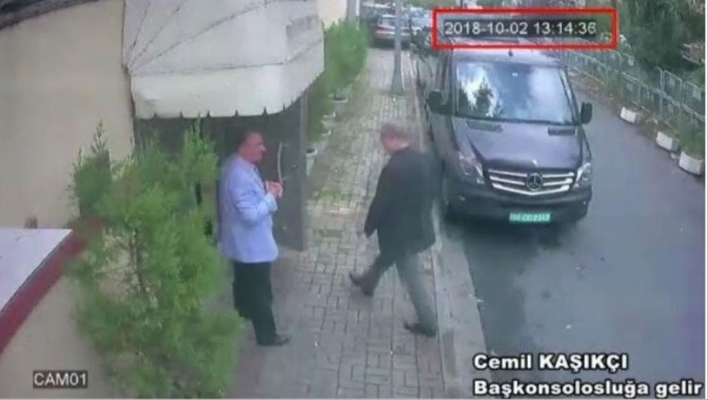 الصورة الأخيرة لخاشقجي وتركيا تبحث عن شاحنة سوداء