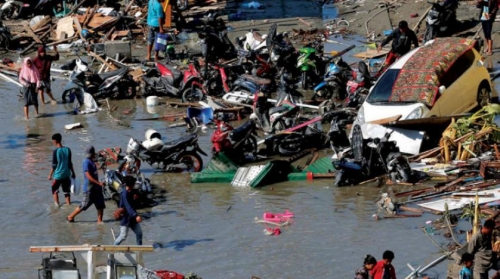 إندونيسيا.. إرتفاع ضحايا تسونامي الى 1234 قتيلاً