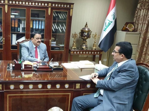 وزير الدفاع يتسلم مهامه كمستشار للأمن الوطني