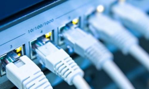الاتصالات تعلن تقليص قطع الانترنيت للدور الثالث
