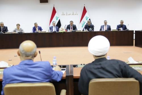 لجنة البرلمان تبدأ بمناقشة ودراسة المنهاج الحكومي