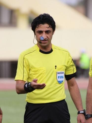 صافرة عراقية تدير مباراة عربية