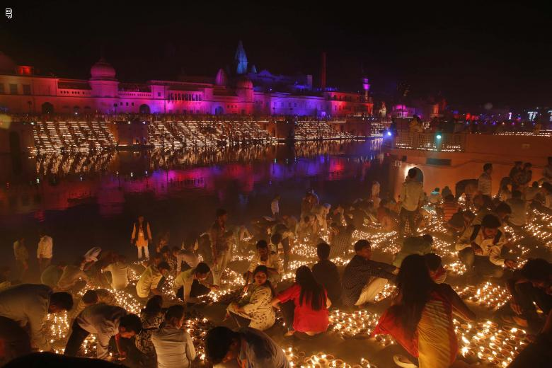مدينة هندية تحطم رقماً قياسياً في مهرجان الأنوار