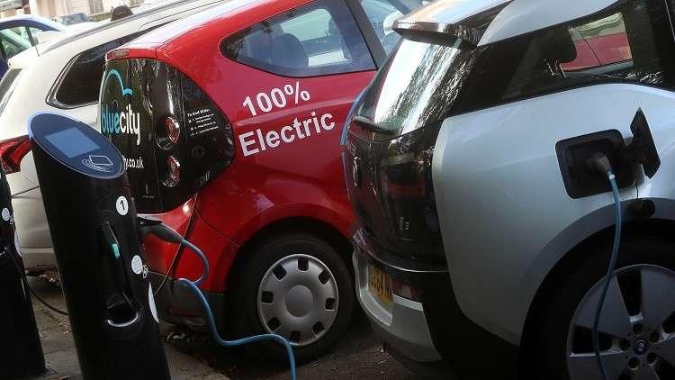 الكويت تدشن أول مركبة تعمل بالوقود الصلب في البلاد