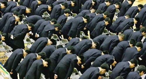 إرتفاع غير مسبوق في انتحار طلبة اليابان لسبب صادم