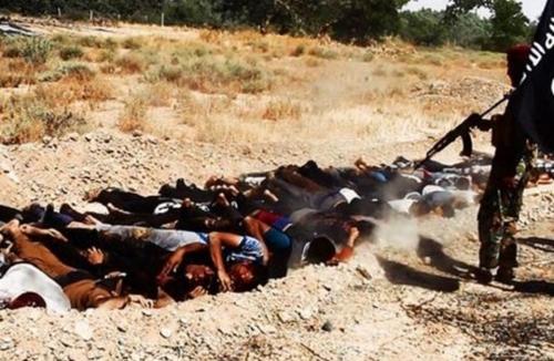 حقوق الانسان: فتح المقابر الجماعية بحاجة إلى دعم دولي