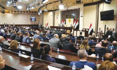 خبير قانوني إيقاف البرلمان لقرارات الحكومة السابقة غير دستوري