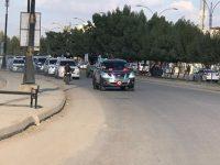 الحشد الشعبي ينظم مسيرة بالآليات في كربلاء بذكرى النصر
