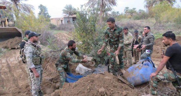 اللواء 313 في الحشد يعثر على مشجب للأسلحة غربي سامراء