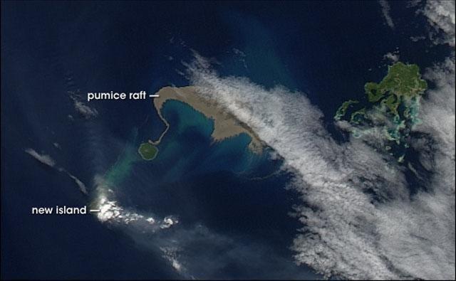 """""""جزيرة شبح"""" اختفت عام 2012 تحير العلماء!"""