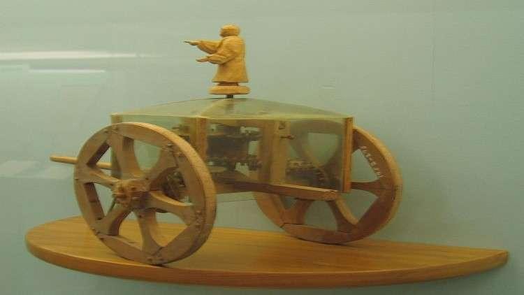 العثور على عربة مذهبة قديمة في الصين