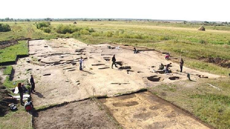 """العثور على مقبرة محصنة بـ """"درع"""" من المناقير في سيبيريا"""