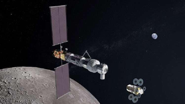 متى سيعود رواد الفضاء إلى القمر؟
