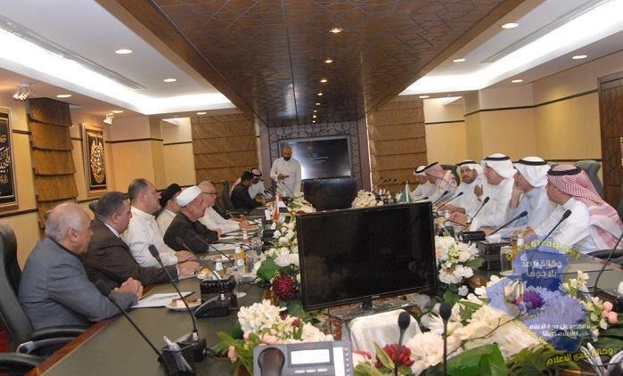 رئيس هيئة الحج العطية يناقش مع المؤسسة الأهلية لمطوفي حجاج الدول العربية الخدمات التي ستقدم للحجاج العراقيين خلال الموسم المقبل
