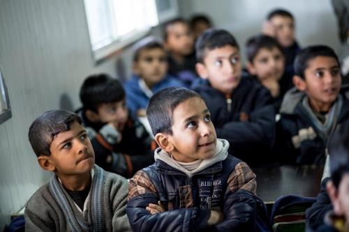 في العراق كل 100 تلميذ لا يصل منهم الا 14 للجامعة!!