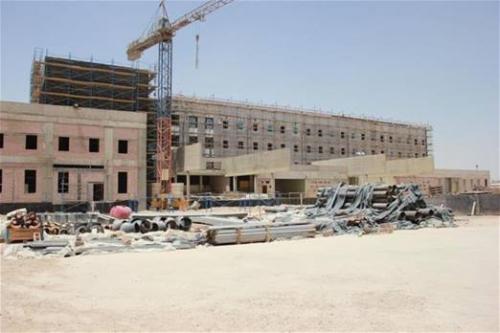 مستشفيات قيد الإنشاء معرضة للإندثار