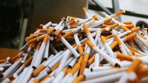 هل يصبح التدخين في روسيا جريمة يعاقب عليها القانون؟