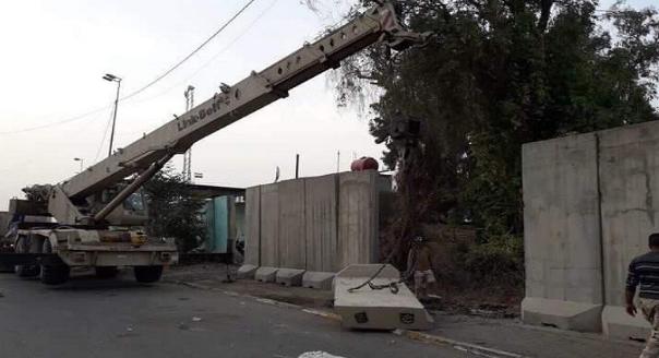 هندسة الحشد تباشر بفتح طريق القناة الرابط بين منطقتي القاهرة والطالبية شرقي بغداد
