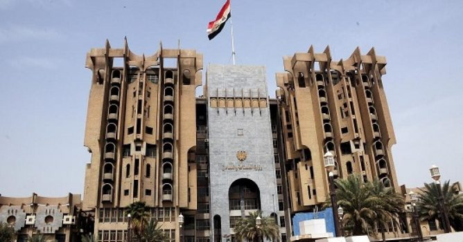 افتتاح خطوط انتاجية جديدة للعربات القتالية والالغام والطائرات المسيرة في العراق