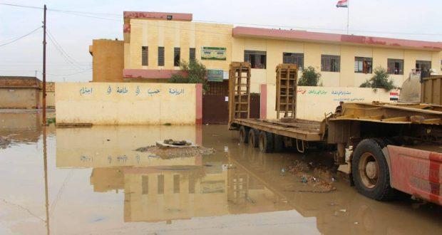 عمليات نينوى للحشد تشرف على سحب المياه من المناطق المتأثرة بموجة الأمطار
