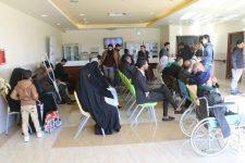 بالصور.. مكتب النجف ينظم رحلة علاجية لعوائل شهداء وجرحى الحشد الشعبي
