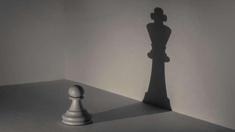 """اكتشاف قطع شطرنج """"تحمل قوة روحية لدرء الشر"""""""