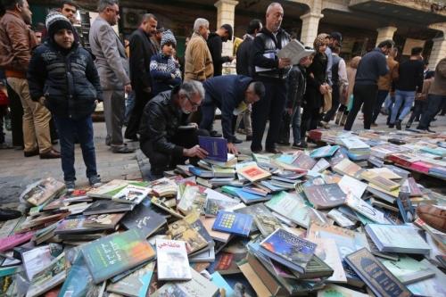 سخط ثقافي من إستمرار فرض ضرائب إستيراد الكتب الى العراق