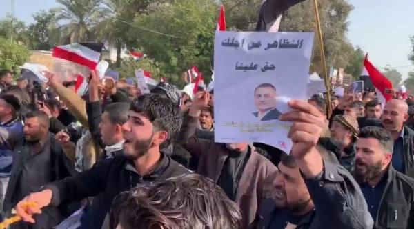 تظاهرات حاشدة في واسط تأييداً للمحافظ المياحي