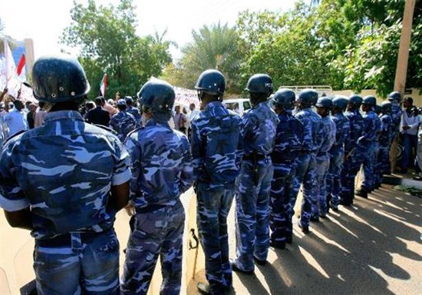 الامن السوداني :اعتقال 14 أستاذا جامعيا تجمعوا للاحتجاج، خارج جامعة الخرطوم