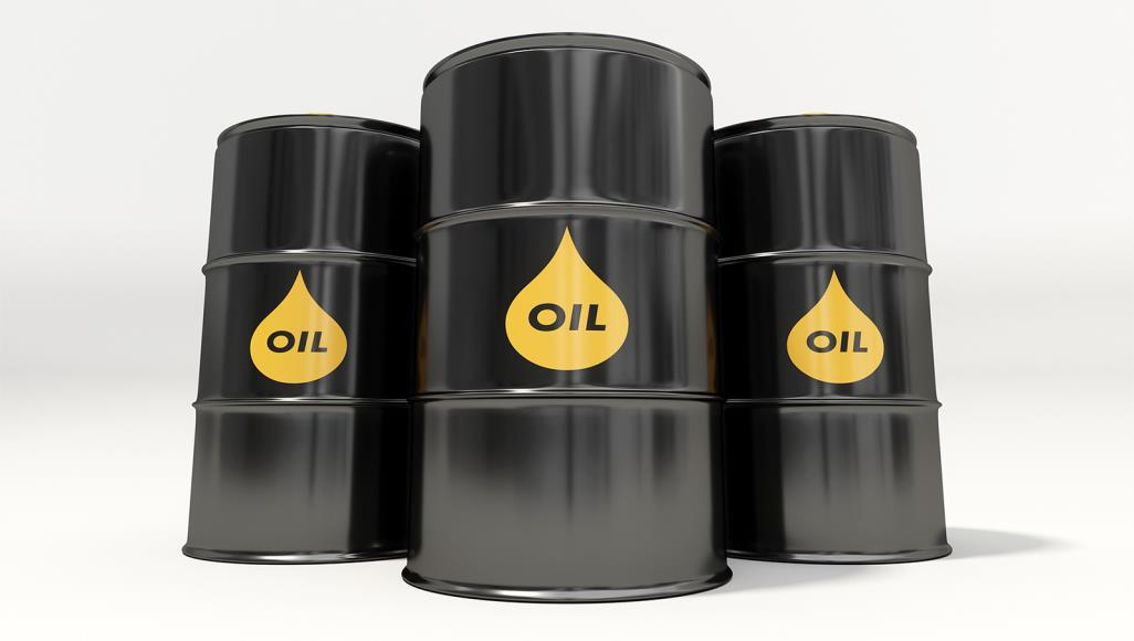 ارتفاع عقود النفط الاجلة بالتزامن مع انخفاض المخزون الامريكي