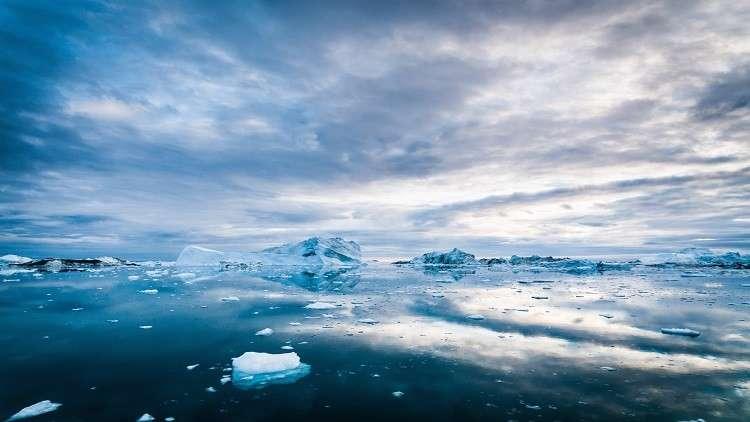 القطب المغناطيسي الشمالي يتحرك بسرعة كبيرة نحو روسيا