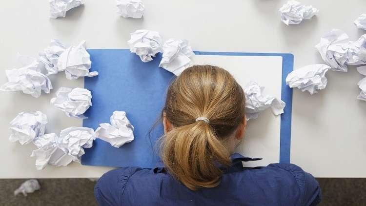 ساعات العمل الطويلة تهدد النساء بمرض عقلي دون الرجال!
