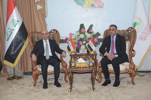 وزير الإعمار يصل الى واسط ويلتقي المحافظ محمد المياحي
