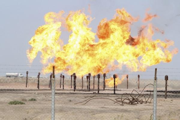 النفط تكشف عن كميات واعدة من الغاز في محافظتين