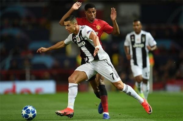 رونالدو يحسم موقفه من العودة إلى مانشستر يونايتد