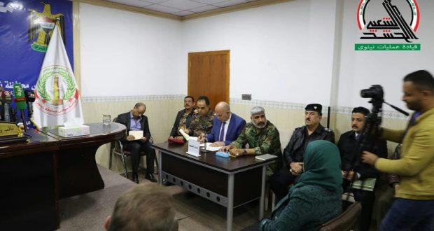 قيادات الحشد والقوات الأمنية تعقد اجتماعا موسعا لبحث تطورات الوضع الأمني بنينوى