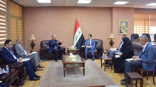 وزير التخطيط العراقي يبحث جهود إعادة الاستقرار والإعمار في المناطق المحررة مع رئيس صندوق إعادة الأعمار