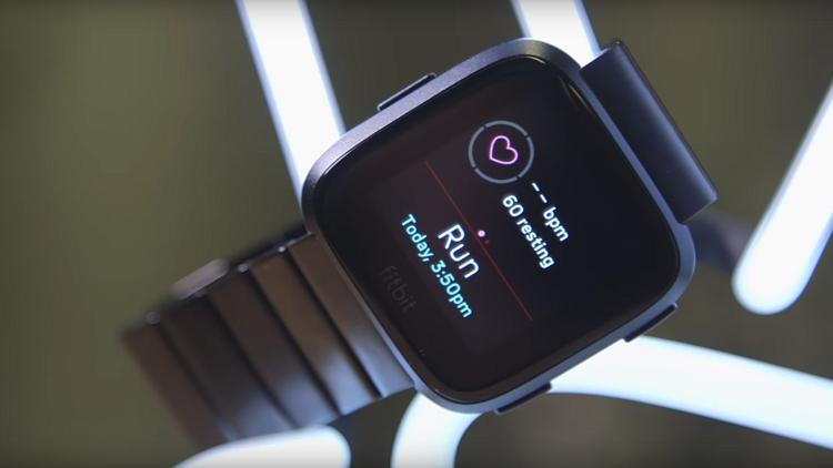 """""""Fitbit"""" تطلق نسخا رخيصة من ساعاتها الذكية"""