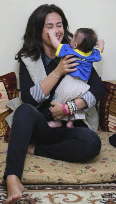 """هند صبري تنعى 7 من """"عائلتها"""" قضوا بحادث الطائرة الإثيوبية"""