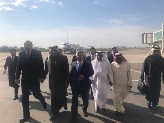 رئيس الهيأة العامة للرياضة الإماراتية يصل الى بغداد