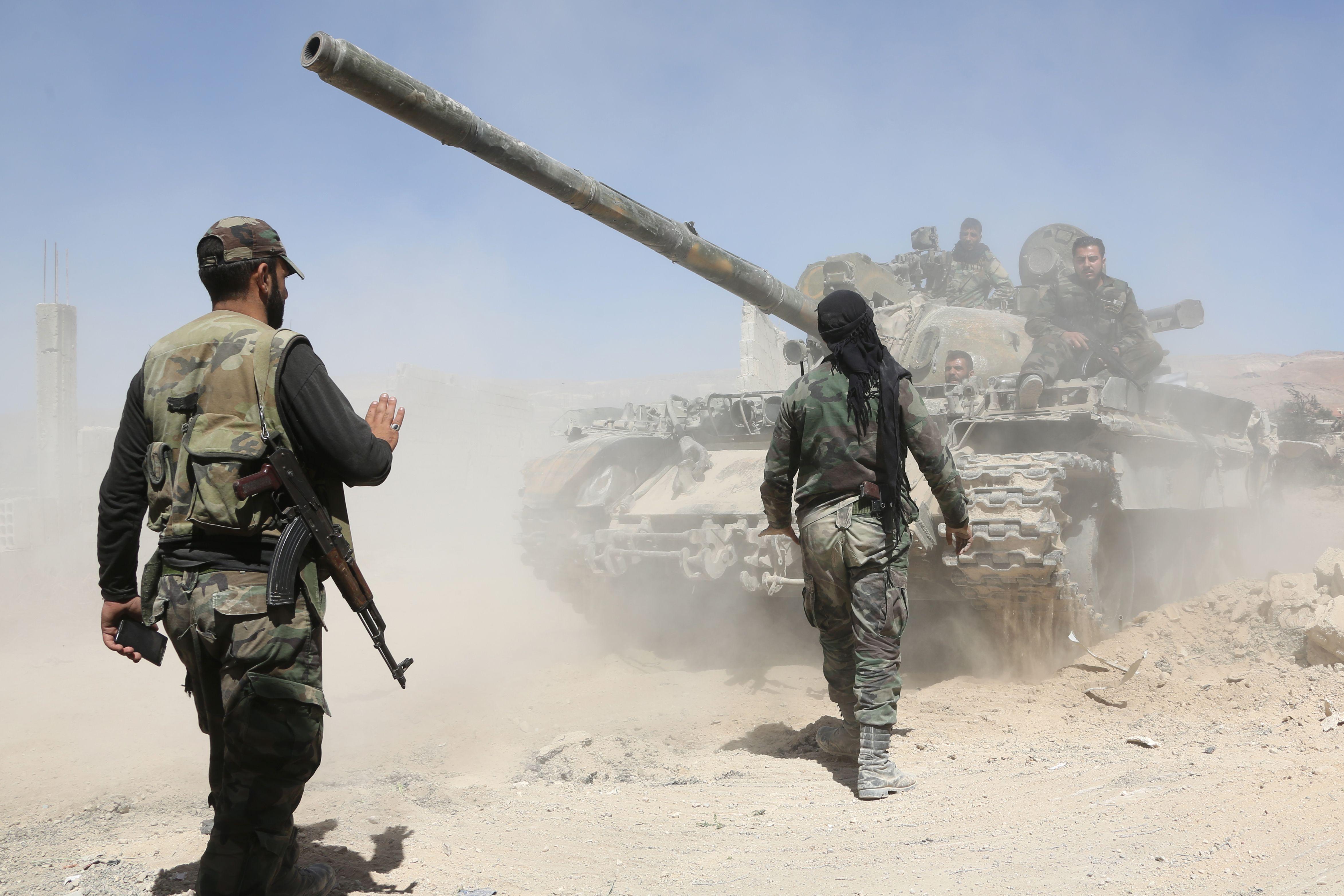 الجيش السوري يدمر عدة مواقع لاهابيي النصرة