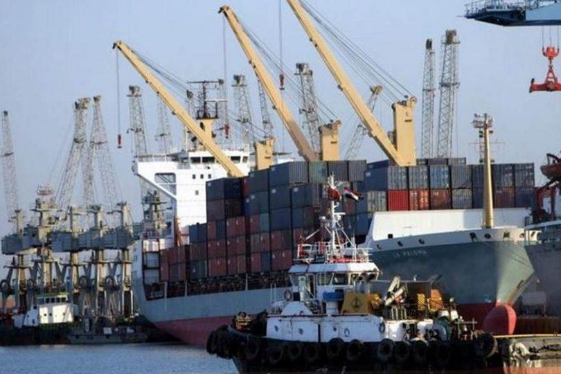 السعودية تستخدم ميناء نفطيا شيد باموال من العراق والاخير يعترض