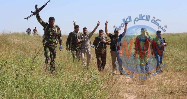 الحشد والاتحادية يدمران مضافات لداعش في تلال حمرين