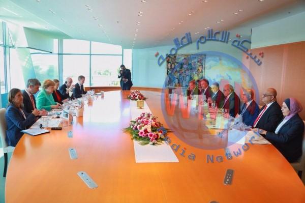 عادل عبد المهدي وميركل يعقدان جلسة مباحثات مشتركة