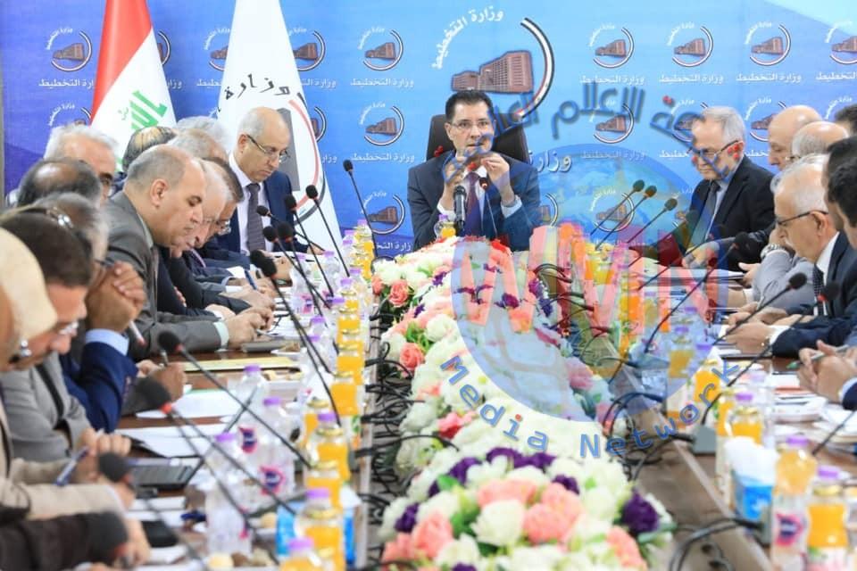 وزير التخطيط يرأس اجتماع اللجنة التوجيهية العليا لتطوير القطاع الخاص