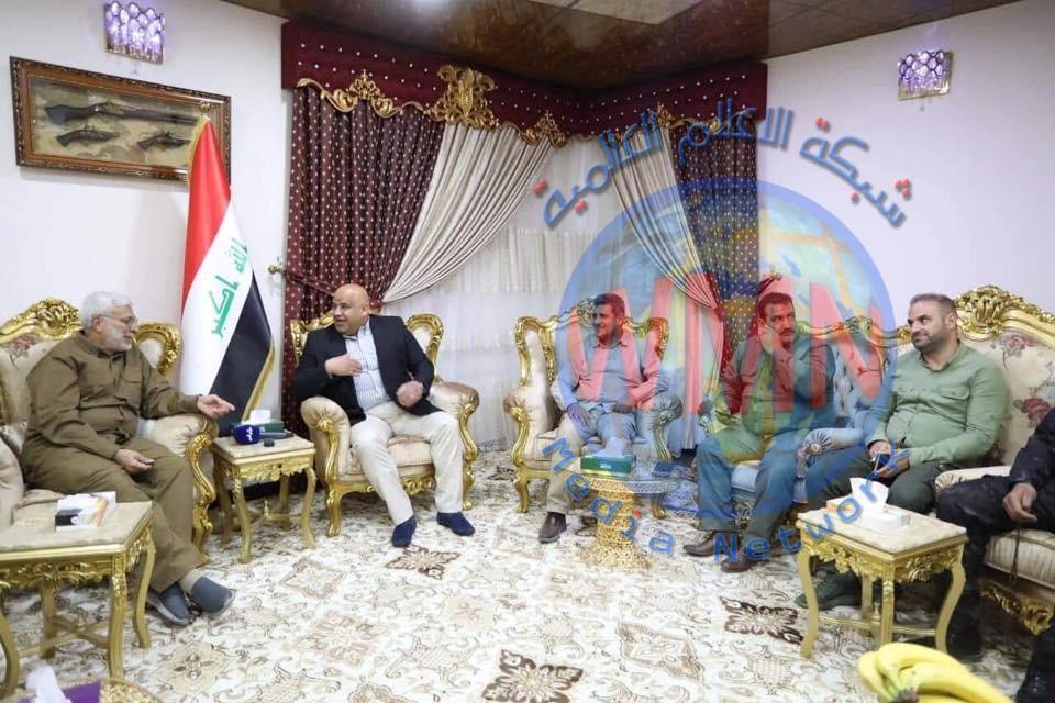 ابومهدي المهندس يلتقي محافظ صلاح الدين لبحث تطورات الأمنية في المحافظة