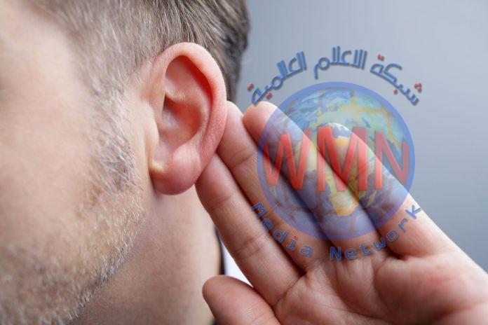 باحثون يطورون رقاقة تُمكن الصم من استعادة السمع بالكامل