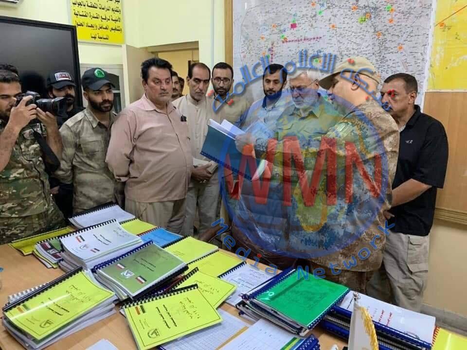 بالصور..ابومهدي المهندس يزور مديرية الحركات للحشد الشعبي للاطلاع على الأوضاع الأمنية